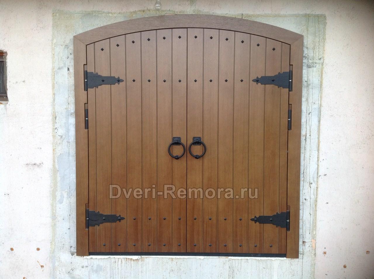 уличная металлическая двухстворчатая дверь