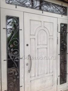 Двери парадные с отделкой МДФ панелями